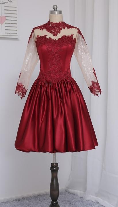 Long Sleeve Burgundy Appliques Short Homecoming Dress