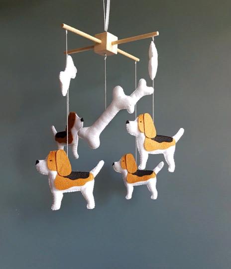 Beagle dog mobile animals felt baby crib