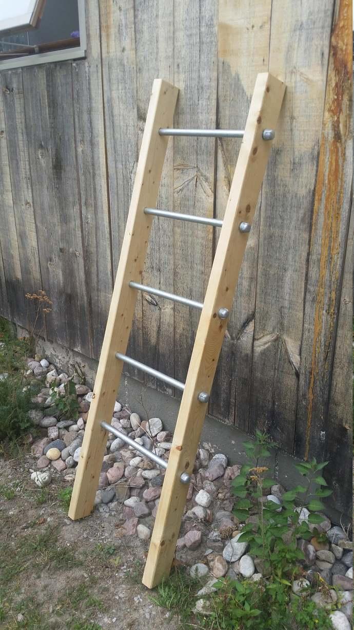 Blanket Ladder | Rustic Ladder Decor | Industrial Pipe and Wood Blanket Ladder |