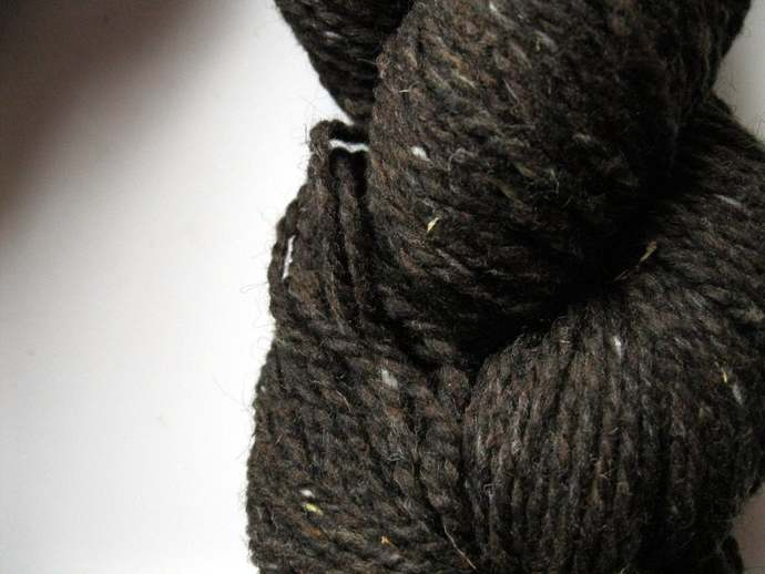 Yarn - worsted weight tweed knitting wool - Peace Fleece Brownies with Nuts