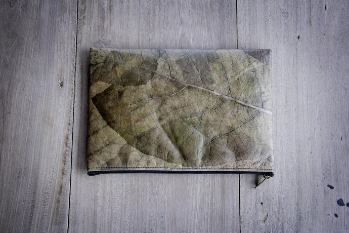 Laptop Case 13 - 13.3 inch, handmade laptop sleeve from laminated leaves,