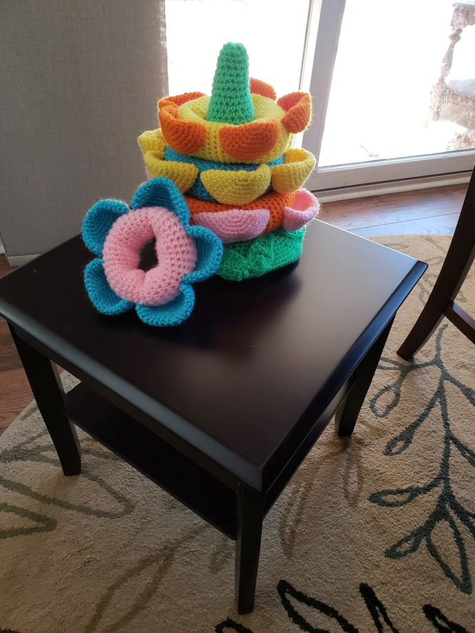 Flower stackable toy for tot