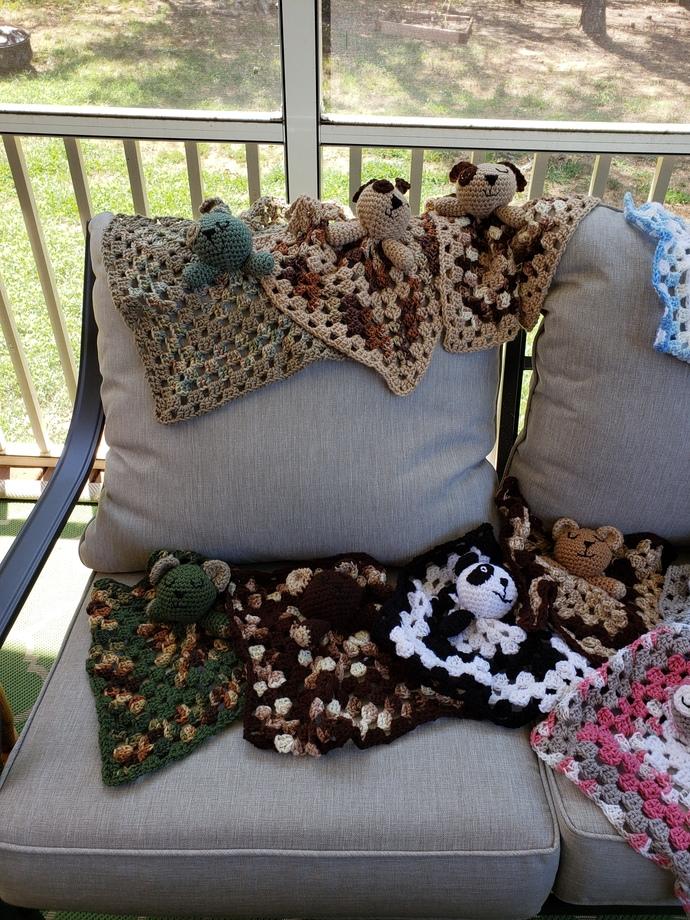 Lovey blanket  3 dogs & 4 bears