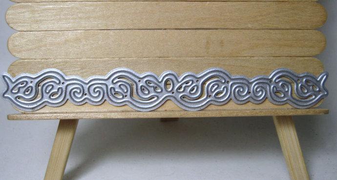 Small Scroll Border Edge Metal Cutting Die Style #8