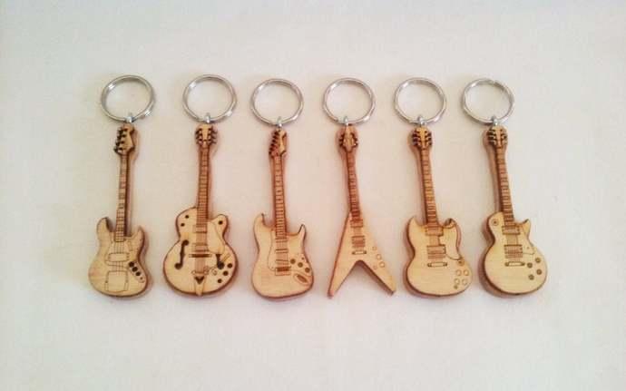 Electric Guitar Key Rings: Bass, Strat, Gibson, Les Paul, Flying V,  Gretsch &