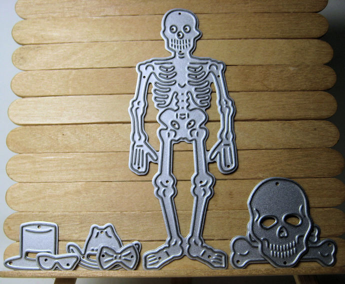8pc Skeleton Cutting Die Set