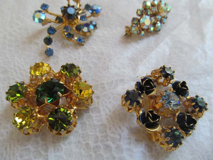 signed Made in AUSTRIA lot of 4 Vintage rhinestone brooches