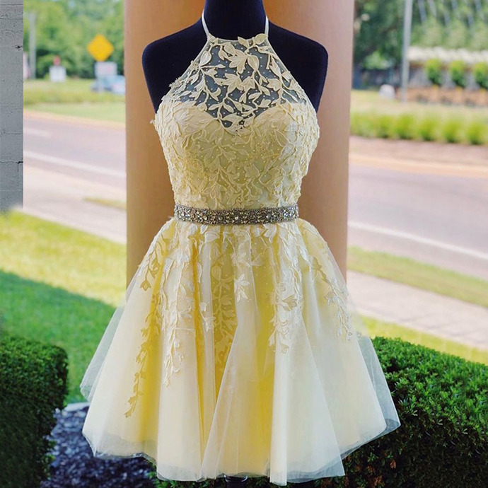 Princess Tulle Yellow Short Homecoming Dress with Criss Cross
