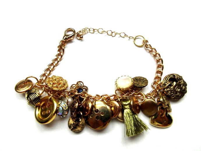 All About The Buttons Gold Tone Button Bracelet FREE US Shipping