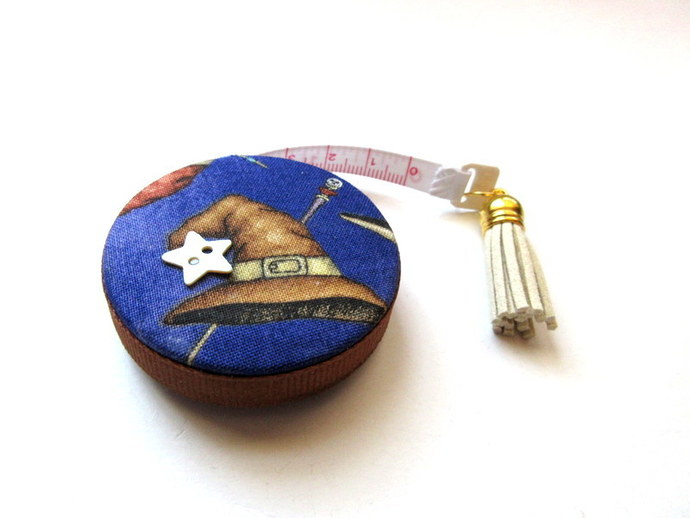 Measuring Tape Wizard Hats and Wands Retractable Pocket Tape Measure