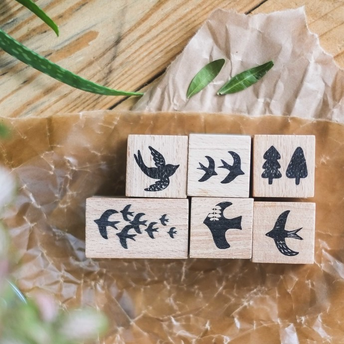 London Gifties x Petra original design wooden stamp - Flock of Birdies - 3 x 3