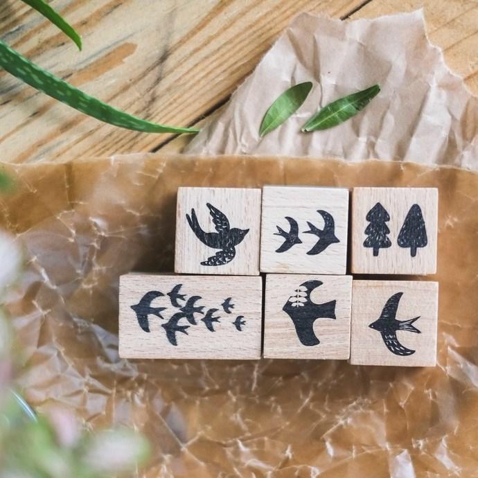 London Gifties x Petra original design wooden stamp - Birdie 5 - 3 x 3 cm - B