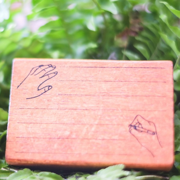 Fun & Joy wooden stamp in a cardboard tray - Lines with Hands - 7.4 x 4.8 cm