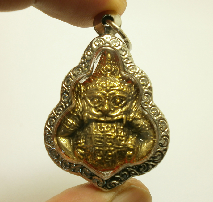 Rahu Om Jun Moon eater eclipse Thai real powerful amulet rare pendant blessed