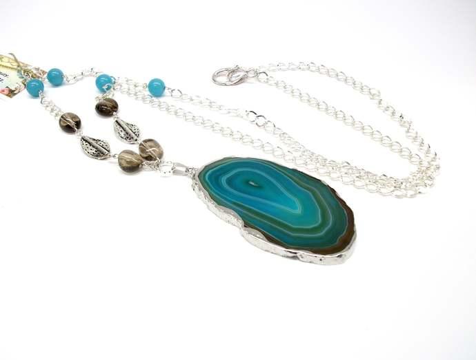 Agate, smoky quartz and jade necklace, long Beach necklace, large pendant,