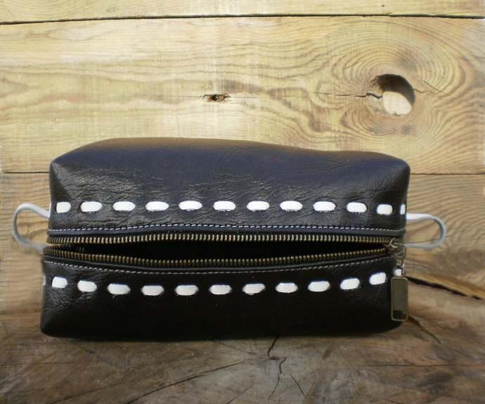 Cosmetic bag, Dopp bag, Groomsmen gift, Shaving case, Personalized bag, Travel