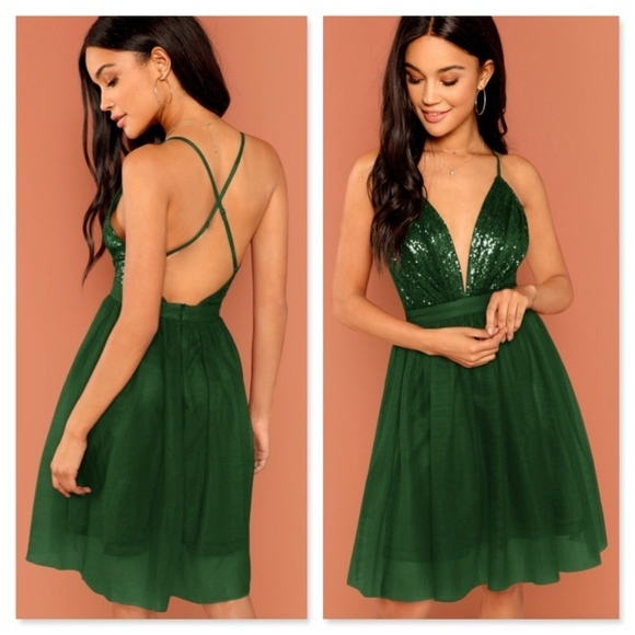 Sexy Dark Green Straps Criss Cross Chiffon Homecoming Dress Short Prom Dress