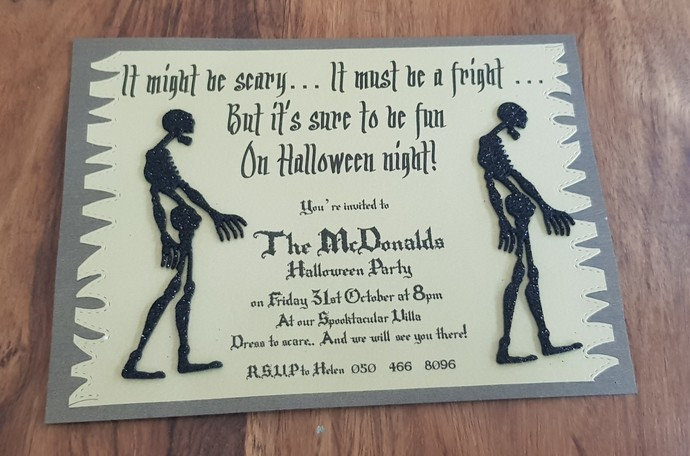 Zombie Halloween invitation cards