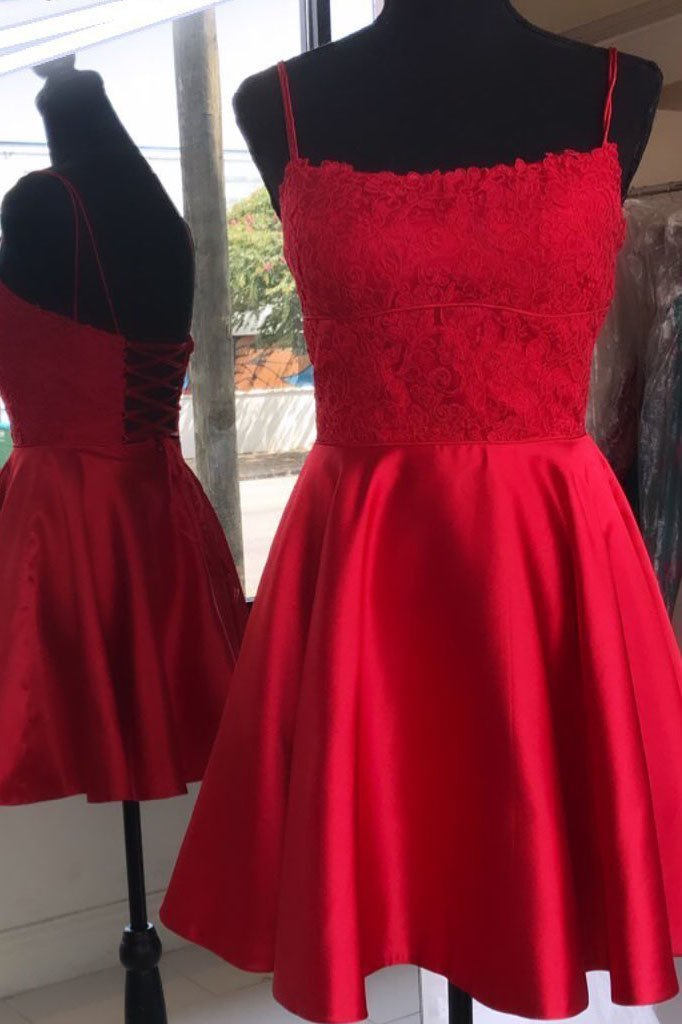 Red Appliques Satin Short Homecoming Dress, Straps Prom Gowns