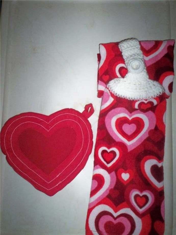 Valentine Hearts Design Handmade Kitchen Hanging Towels 3 pc Set Med Quality (2)