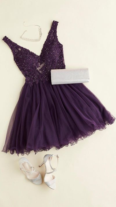A plum dress is perfect for the fall formal! This short purple homecoming