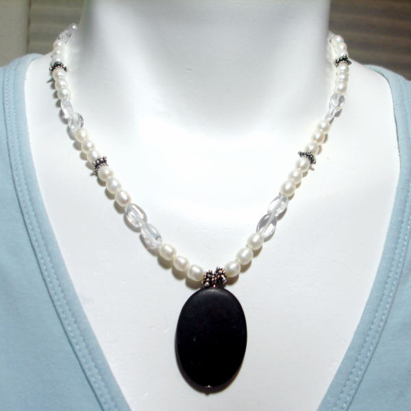 Satin Onyx Necklace