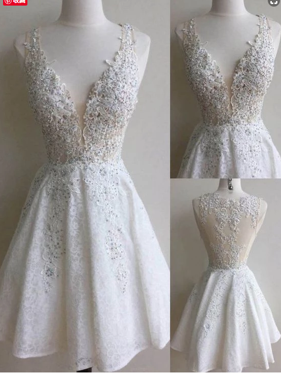 Sleeveless Dresses Short Ivory Party Homecoming Dresses With Beaded/Beading Side
