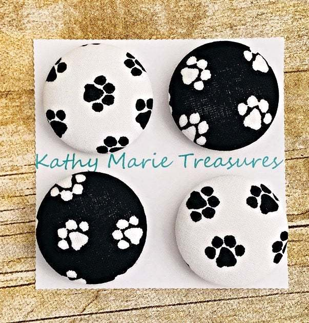 Black and White Paw Print cloth magnets, fabric magnets, dog magnet, teacher
