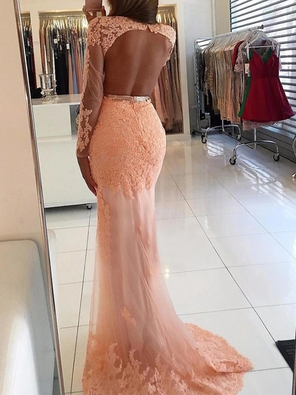 Mermaid Scoop Neckline Pink Tulle Appliqued Long Prom Dresses