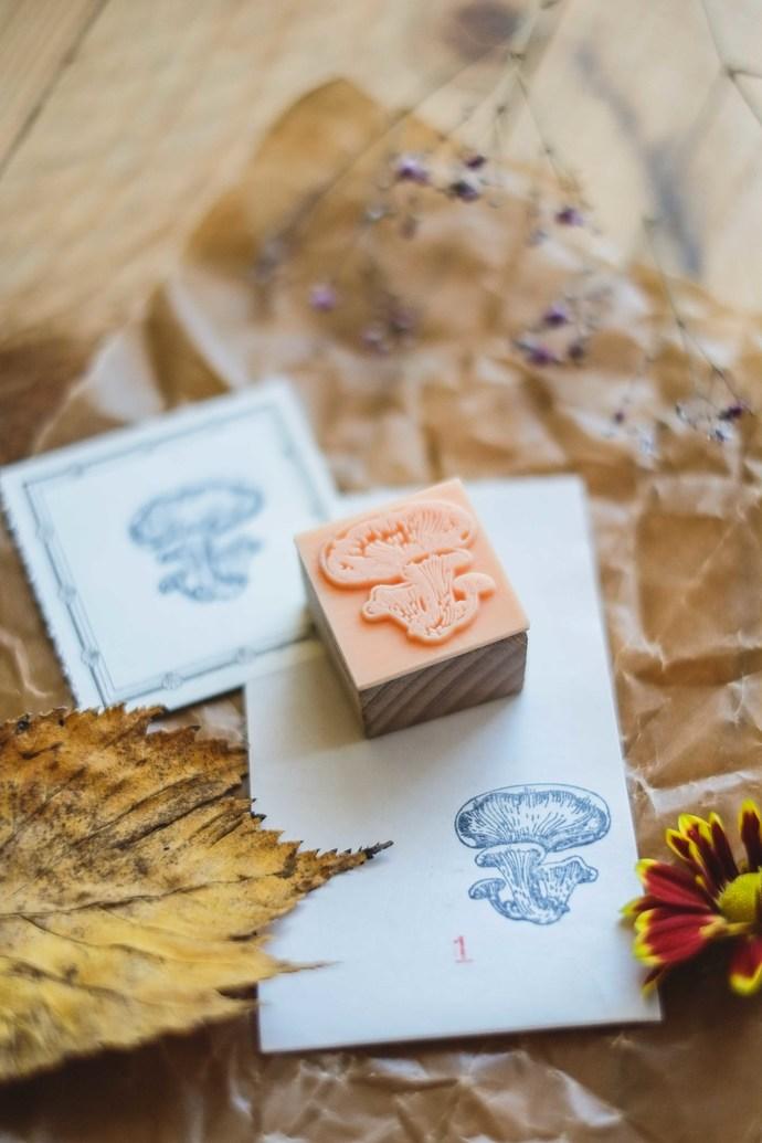 London Gifties original design wooden stamp - Mushroom 1 - 3 x 3 cm - B quality