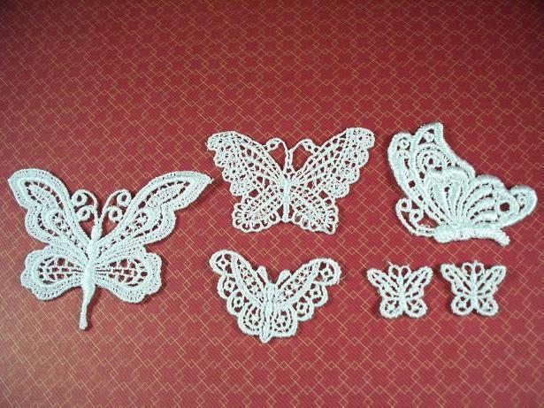 6 Venise Applique Butterflies White (BS-01)