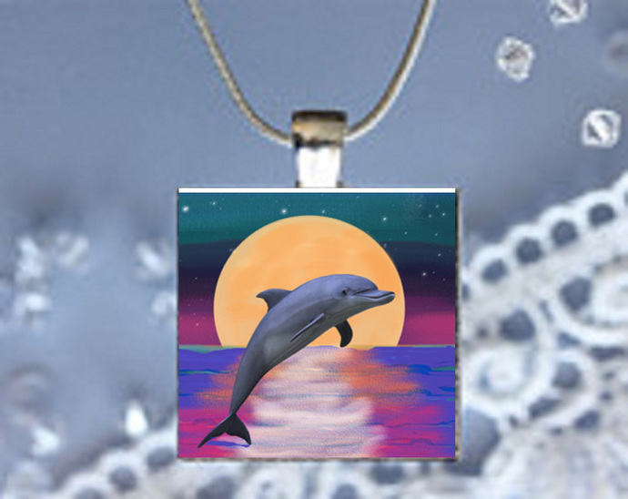 Pendant Necklace Moonlight Magic Dolphin