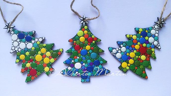 CHRISTMAS TREE ORNAMENTS- DOT ART CHRISTMAS ORNAMENTS. SET OF 3. COLORFUL 1