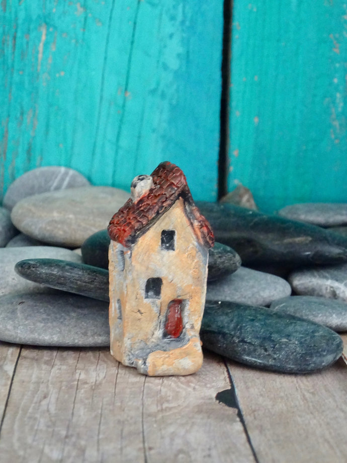 Miniature old house with stairs- OOAK ceramic mini handmade sculpture #17/2019