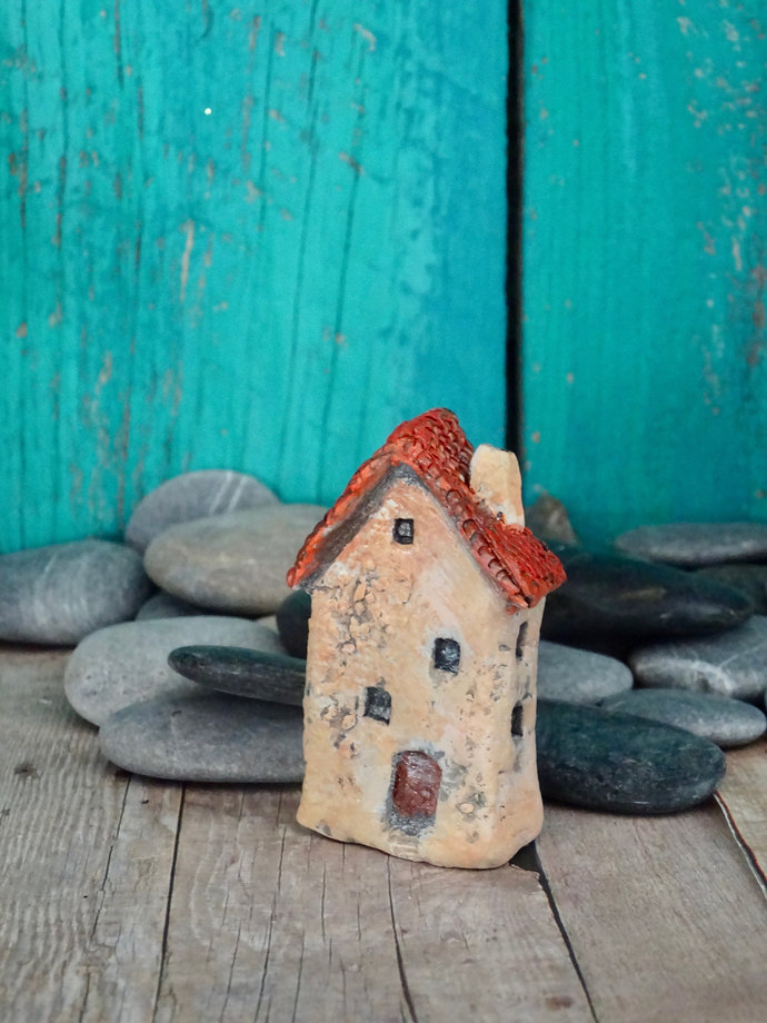 Miniature old house - OOAK ceramic mini handmade sculpture #5/2019
