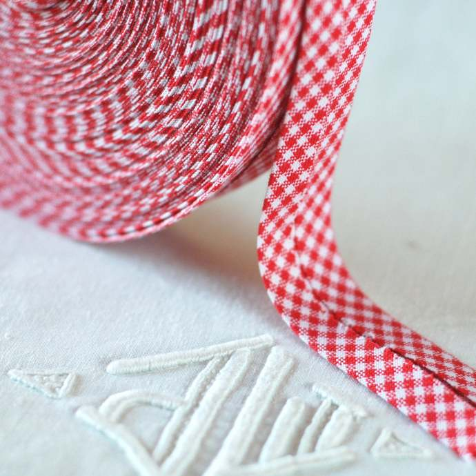 Red and White Check Bias Binding - Sold by meter