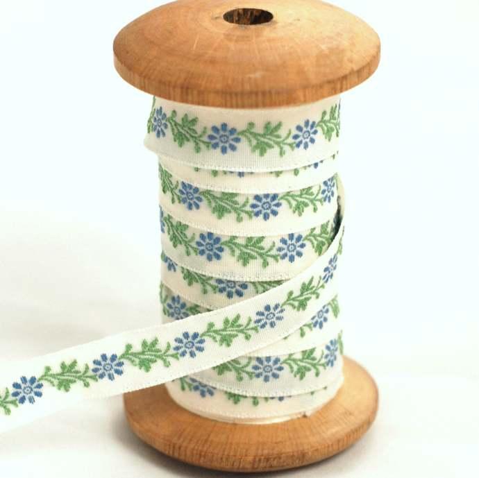 Pretty Blue Daisy Luxury traditionally Woven Ribbon - 1 meter - 1 cm width -