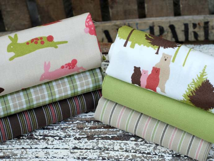 Cute teddy bears and bunny rabbits - Fat quarter fabric bundle - 100% cotton -