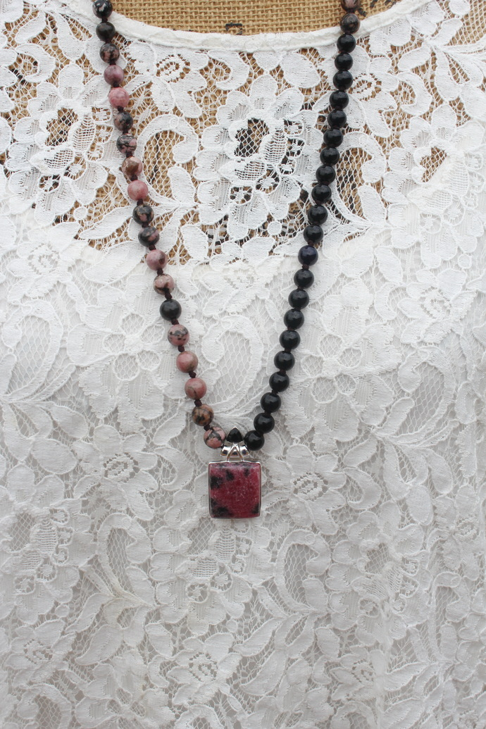 Emotional healing Necklace Long Beaded Necklace with Pendant Healing Crystals by