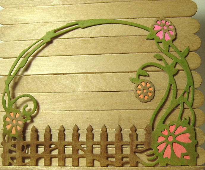 Arch Fence and Floral Cutting Die