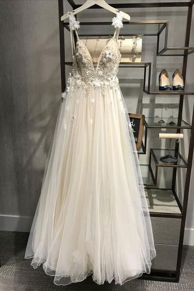 Spaghetti Straps Beach Wedding Dress with Appliques Beading