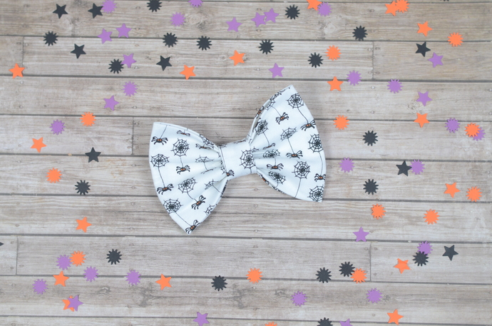 Avery Bow - Halloween Collection - Spidey