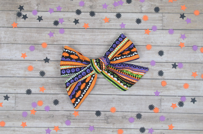 Large Lizzy Bow - Halloween Collection - Superstition