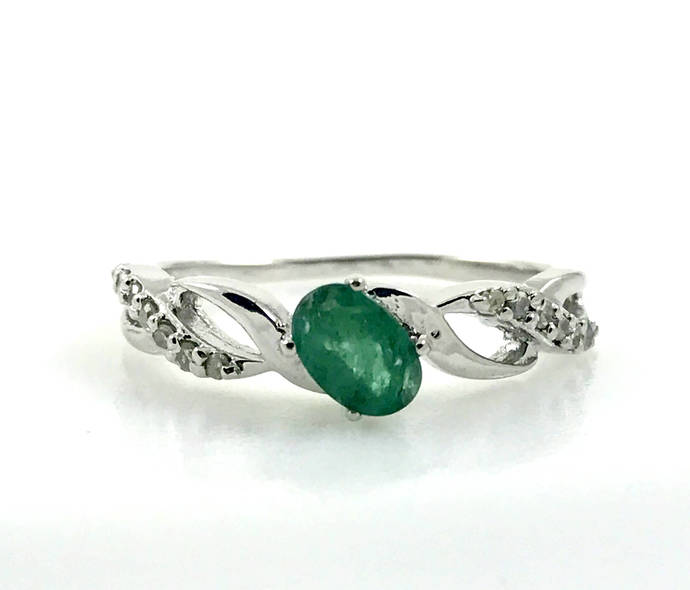 EMERALD RING, May birthstone , emerald engagement ring, oval emerald ring,