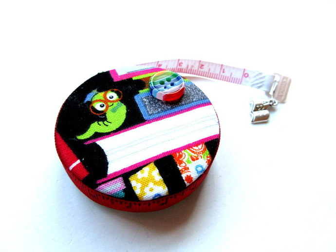 Tape Measure Books and Worms Retractable Measuring Tape