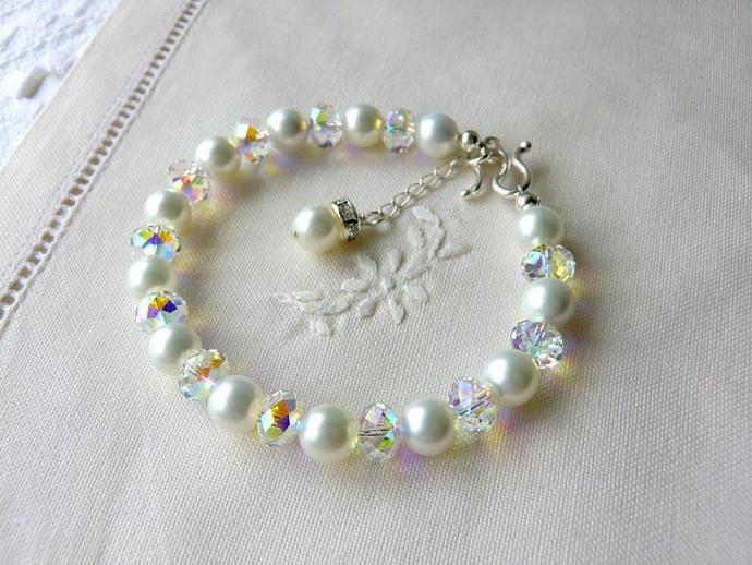 White Pearl Bracelet Bridal Jewelry Bridesmaids Jewellry Flower Girls Gifts