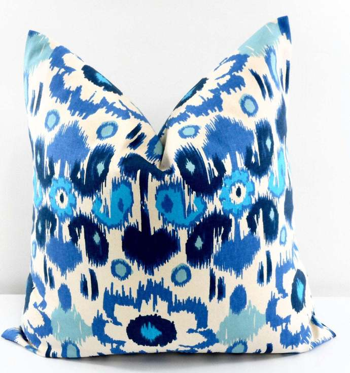 Blue Pillow cover. Floral Print Sofa Pillow cover. Rio Arctic Blue & Natural
