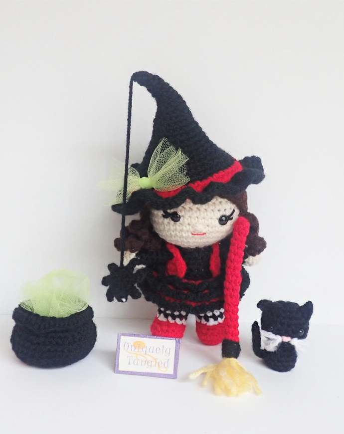 Pippa in Witch Costume- Crochet Amigurumi Pattern PDF