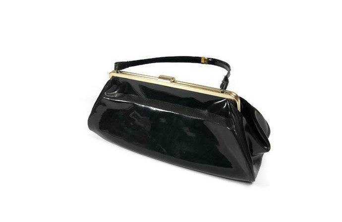 Retro handbag, retro purse, vintage bag, black purse, clasp purse, vinyl purse,