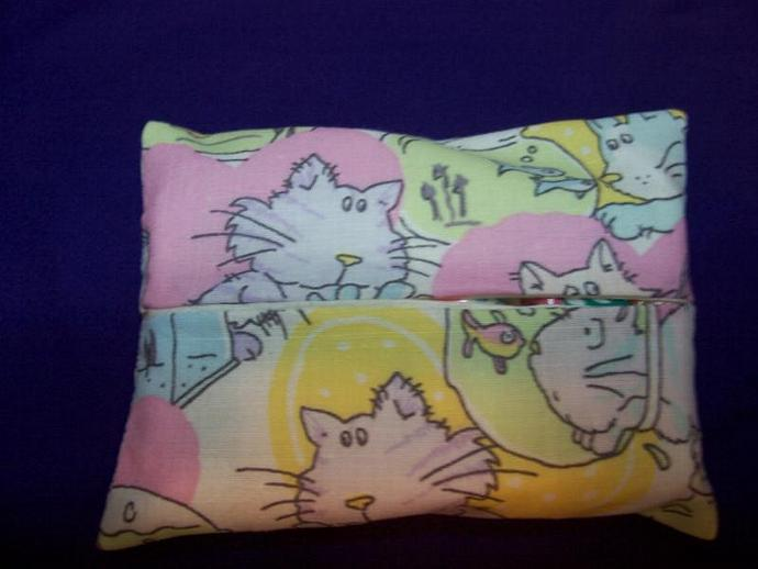 Cat and Fish Travel Tissue Holder